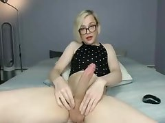 Pretty blonde cumshot